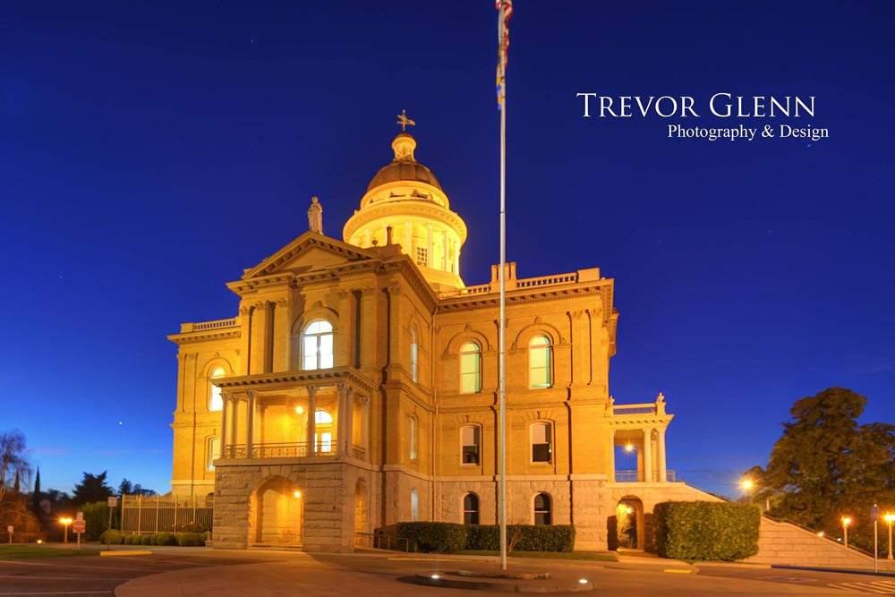 Auburn Court House by Trevor Jobson