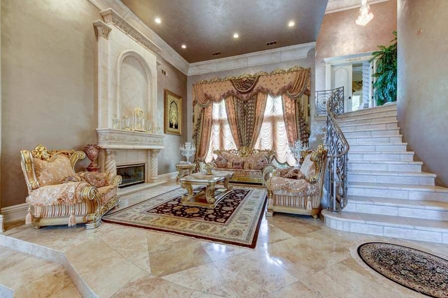 Formal Living Room Elegance | 6005 Via Alicante Granite Bay