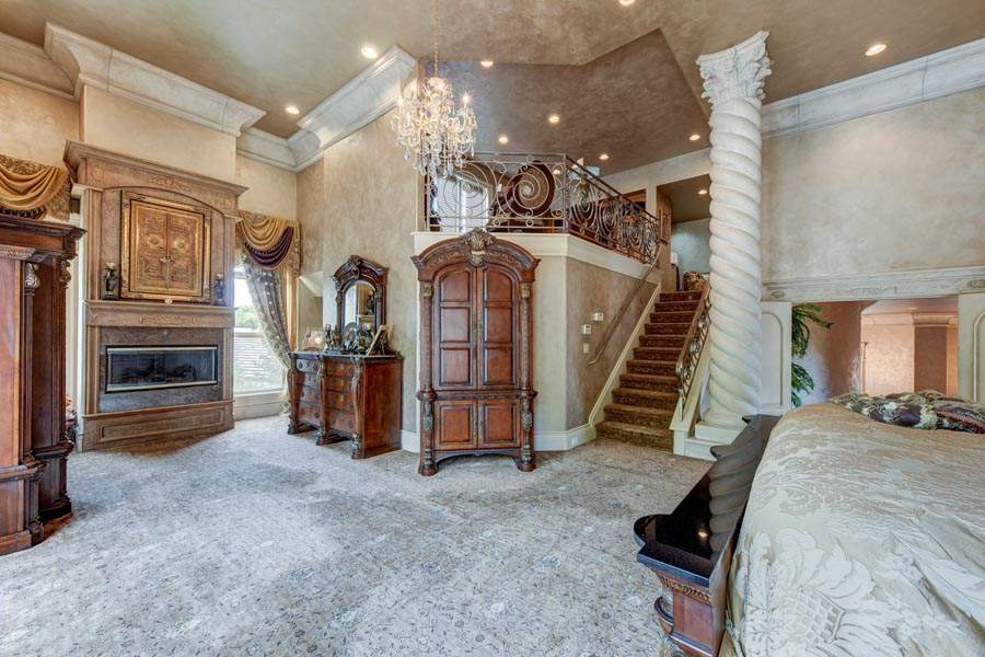 Master Suite with Fireplace and Patio | 6005 Via Alicante Granite Bay