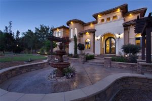 Luxury Estate in Lincoln on 10 acres